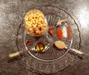 Hummus_veganer-Kichererbsenaufstrich_Diaetologie-Eberharter