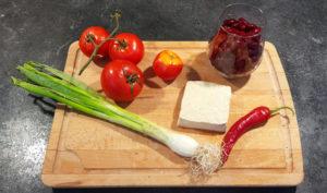 Penne-mit-Tomaten-Tofu-Sauce_vegan_Rezept-Zutaten_Diaetologie-Eberharter