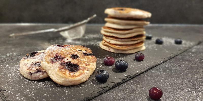 Buchweizen-Heidelbeer-Pancakes_Diaetologie-Eberharter